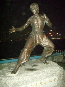 A stature of Bruce Lee