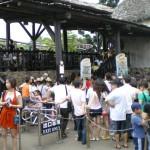 A long queue for Little Rattler, a train roller-coaster